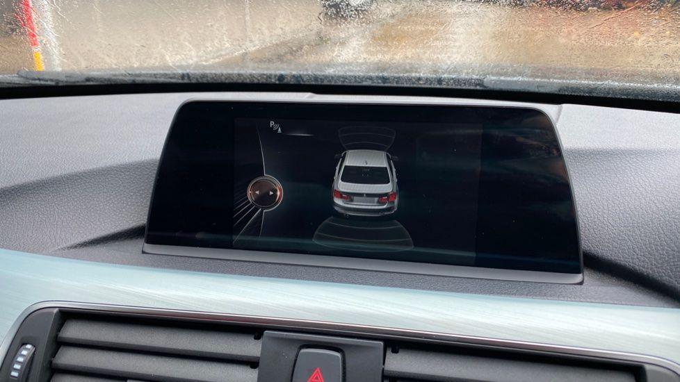 Image 20 - BMW 330d xDrive M Sport Saloon (MJ16GGX)