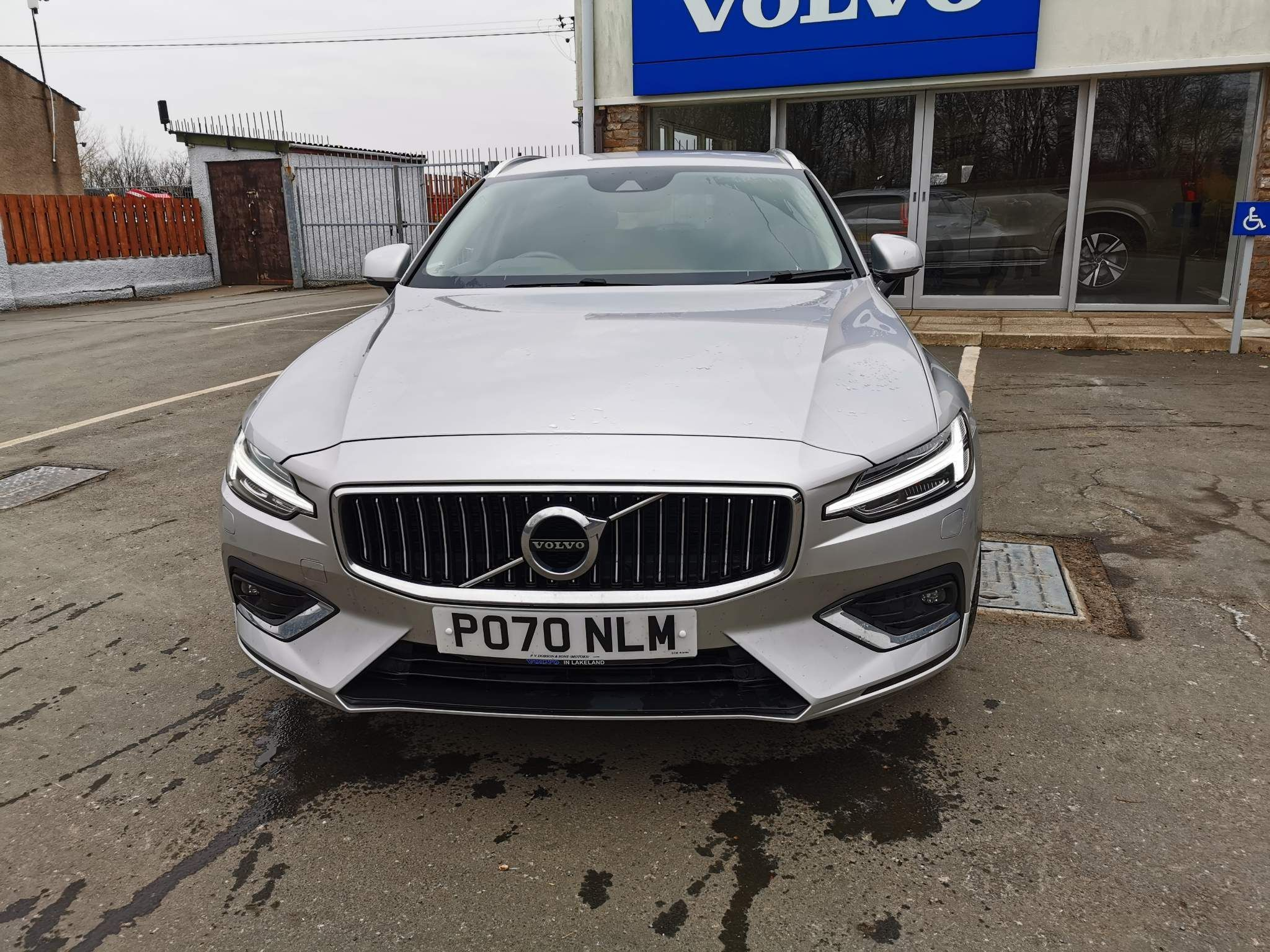 Volvo V60 2.0 T4 Inscription Plus Auto (s/s) 5dr
