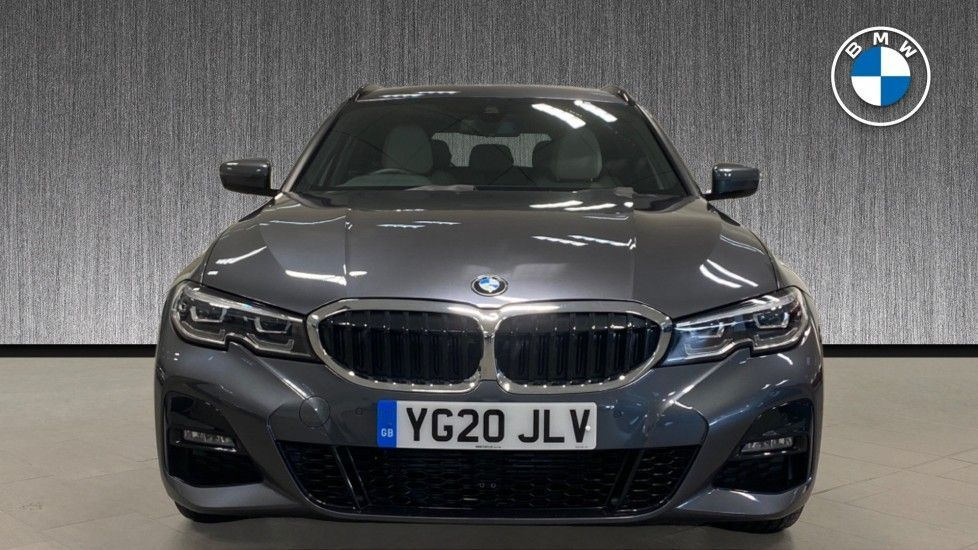 Image 16 - BMW 320i M Sport Touring (YG20JLV)