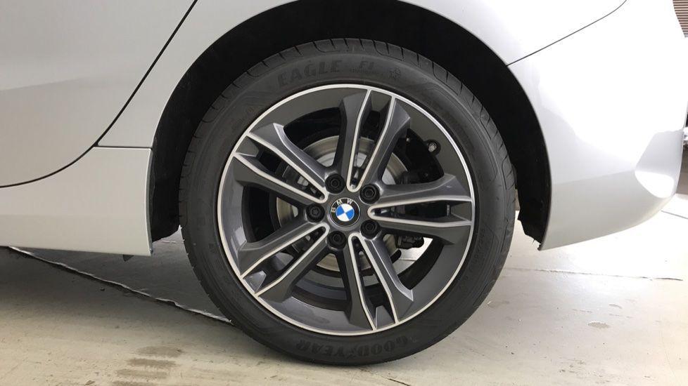 Image 14 - BMW 118i Sport (YF69NZU)