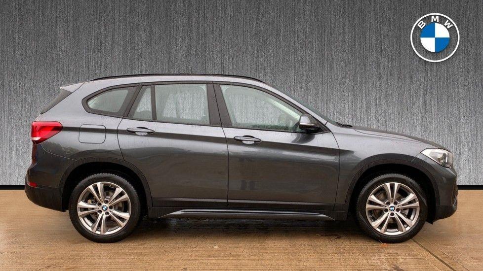Image 3 - BMW sDrive18i Sport (YH20OYW)