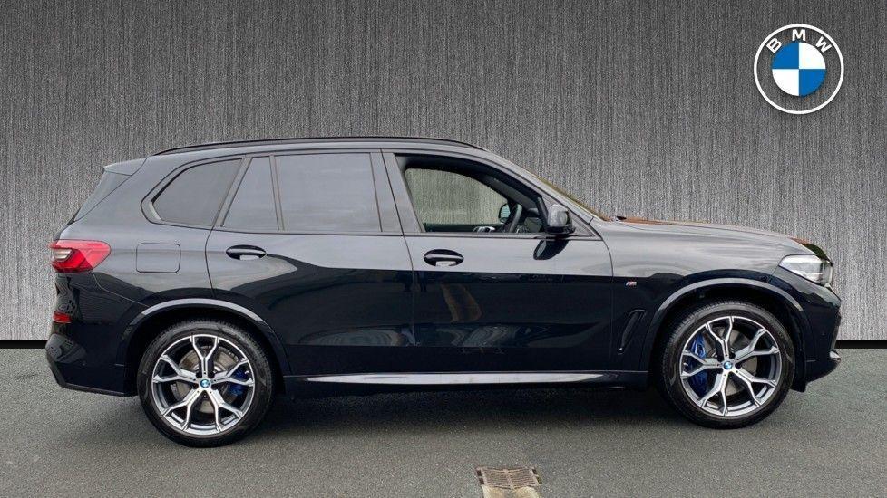 Image 3 - BMW xDrive30d M Sport (YG20OYT)
