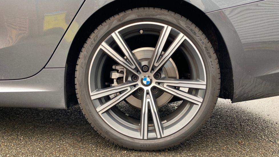 Image 14 - BMW 320i M Sport Touring (YG20JJV)
