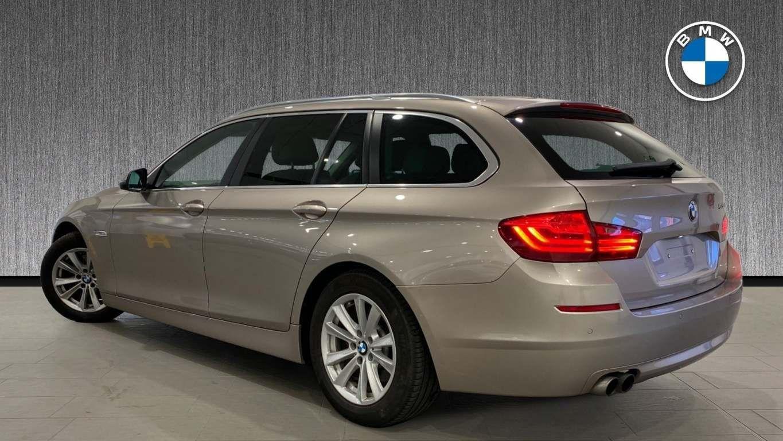 Image 3 - BMW 520d SE Touring (CY16SXZ)