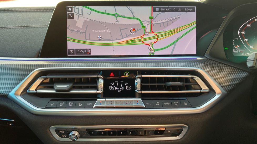Image 8 - BMW M50d (DG19XKD)