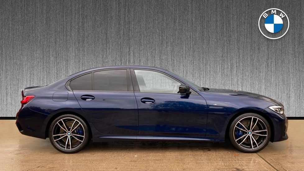 Image 3 - BMW 320i M Sport Plus Edition Saloon (MT20WHP)