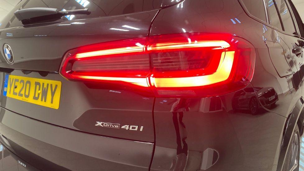 Image 21 - BMW xDrive40i M Sport (YE20DWY)
