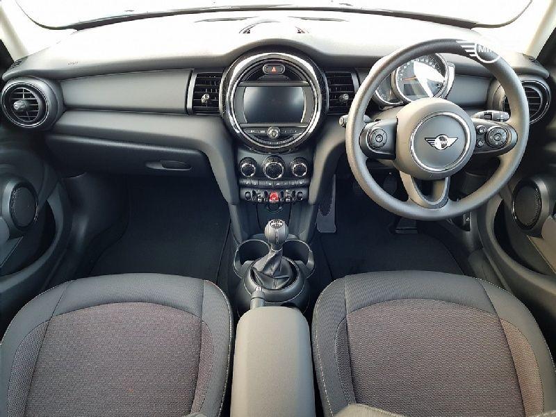 Used MINI Hatch 5-Door Hatch One Classic (2021 (211))