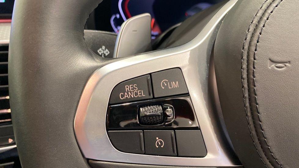 Image 7 - BMW 520d M Sport Saloon (YA69FKW)