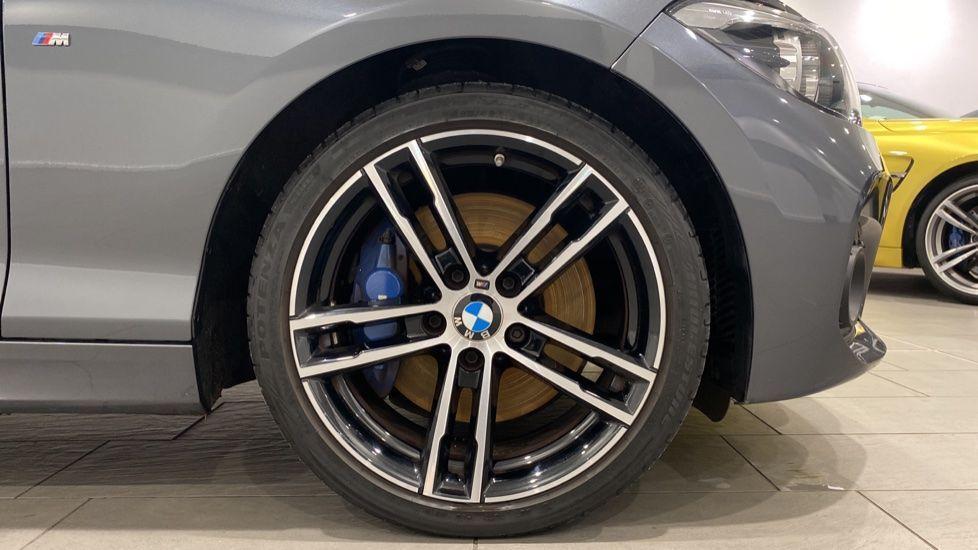 Image 14 - BMW 118i M Sport Shadow Edition 5-door (YD68PPY)