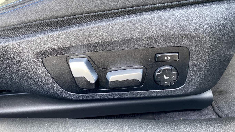 Image 22 - BMW 420d M Sport Coupe (YG70GCO)