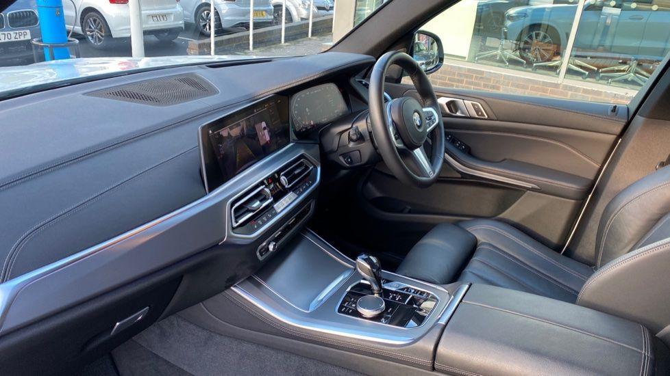 Image 6 - BMW M50d (CY19VPM)