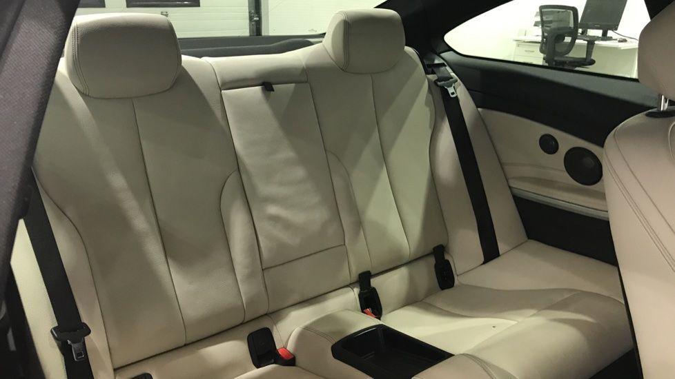 Image 12 - BMW 430d M Sport Coupe (YF67DLE)