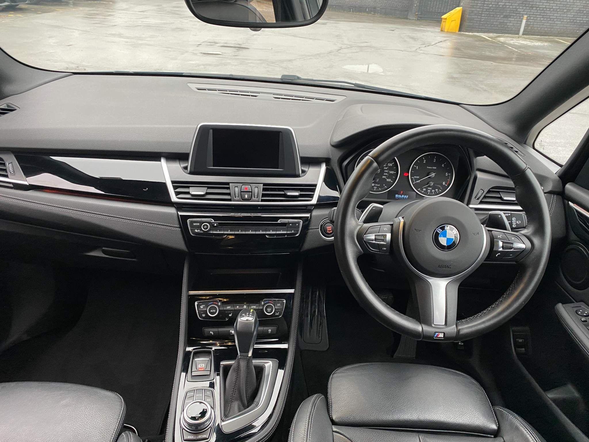 Image 15 - BMW 220d xDrive M Sport Active Tourer (DE67XPO)
