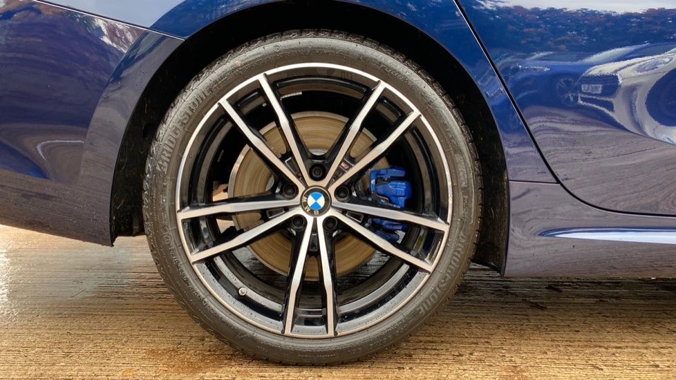 Image 14 - BMW 320i M Sport Plus Edition Saloon (MT20WHP)