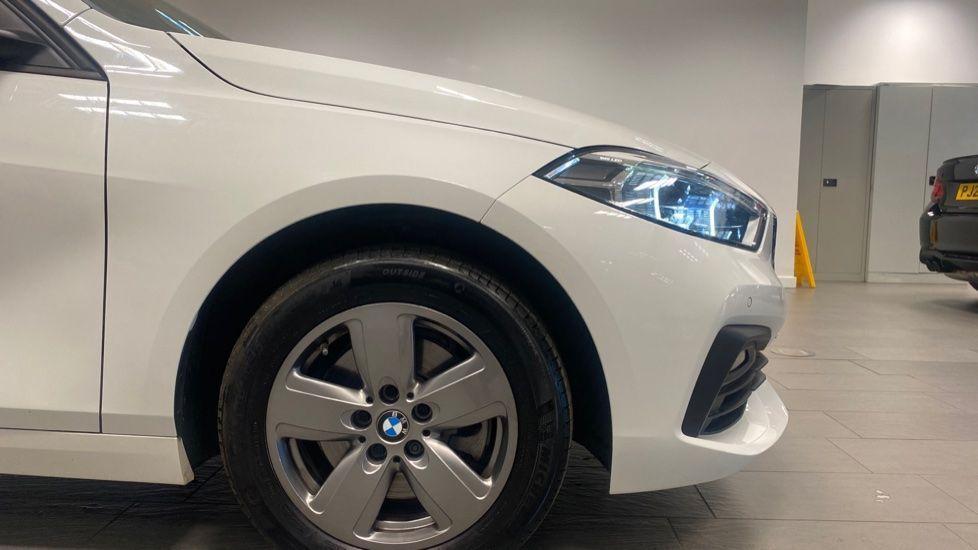 Image 14 - BMW 116d SE (YC69DVK)