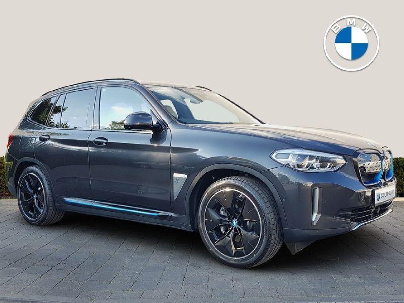 BMW X3 iX3 Premier Edition pro