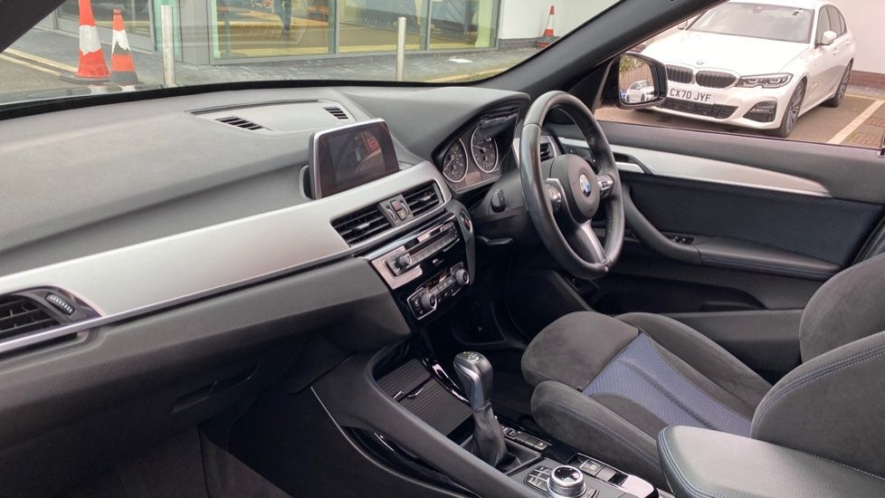 Image 6 - BMW xDrive20d M Sport (YK67PZD)