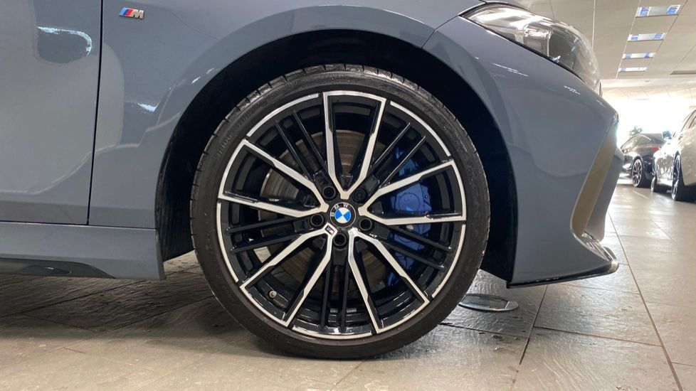 Image 14 - BMW M135i xDrive (PK20JXA)