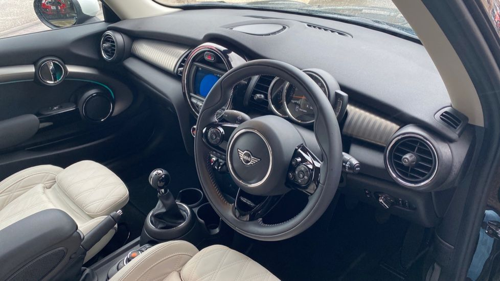 Image 5 - MINI Hatch (DK20KCE)