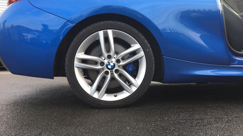 Image 4 - BMW 220i M Sport Convertible (LV65RKY)