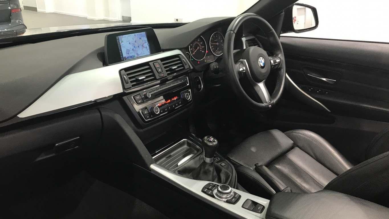 Image 6 - BMW 420i M Sport Convertible (DA15RTX)