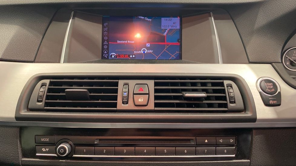 Image 5 - BMW 520d M Sport Touring (YB14MHK)