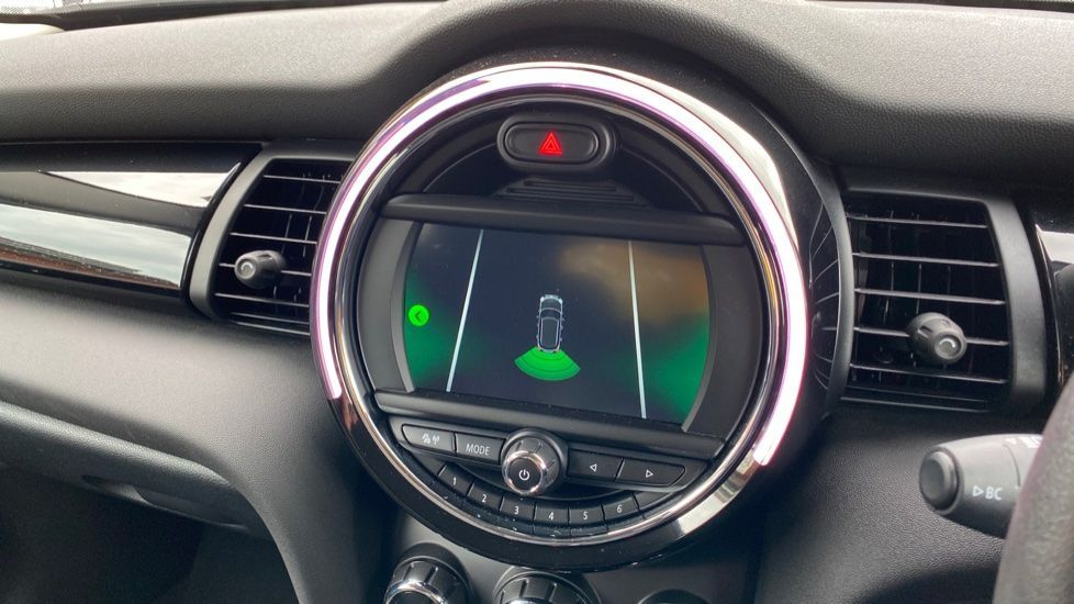 Image 17 - MINI Hatch (MX69WRG)