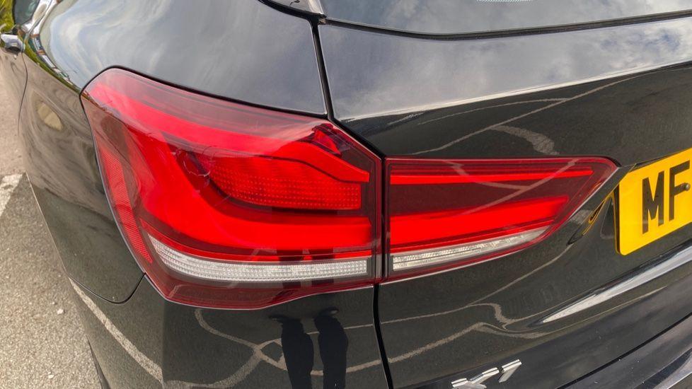 Image 22 - BMW sDrive20i M Sport (MF69HYX)