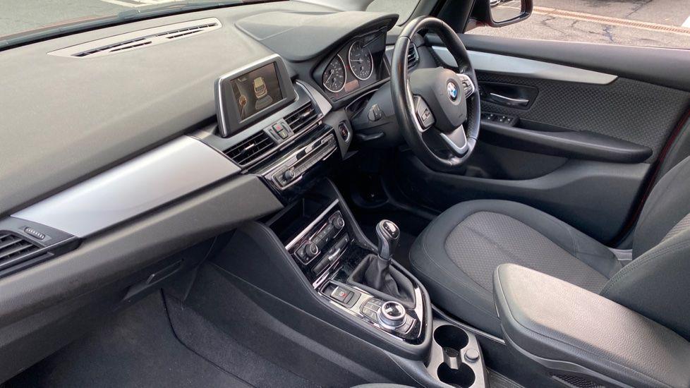 Image 6 - BMW 218i SE Active Tourer (DC66GVL)