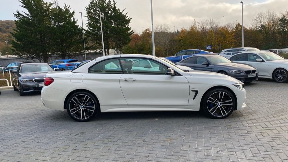 Image 22 - BMW 435d xDrive M Sport Convertible (CX20VWF)