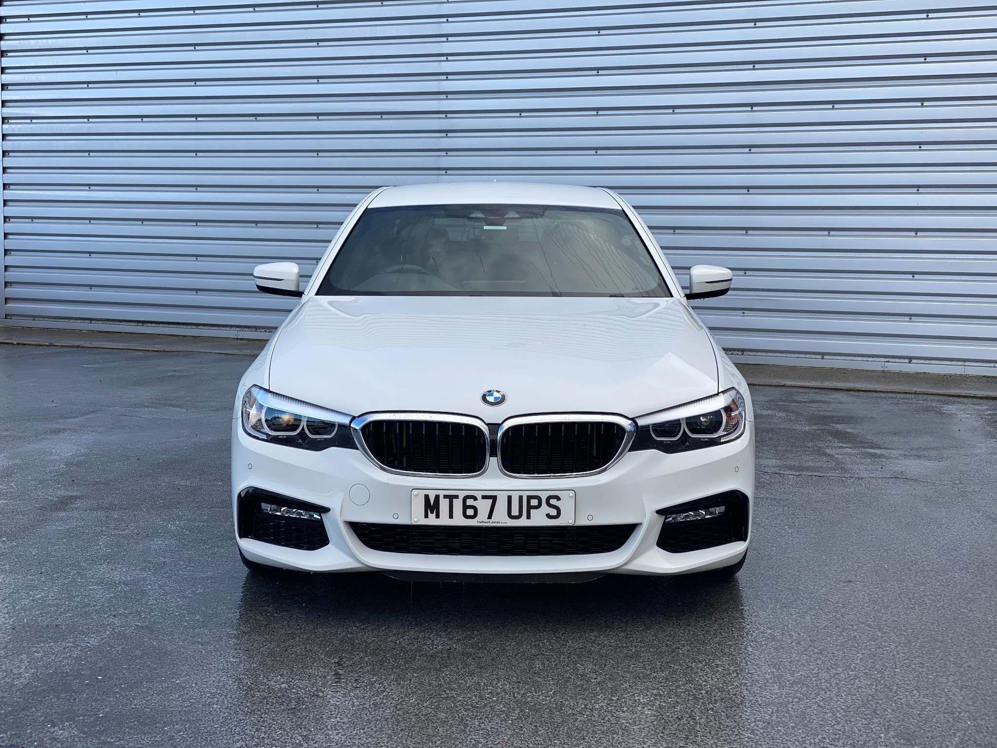 Image 4 - BMW 520d M Sport Saloon (MT67UPS)