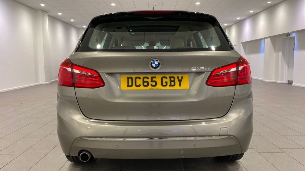Image 15 - BMW 216d Luxury Active Tourer (DC65GBY)