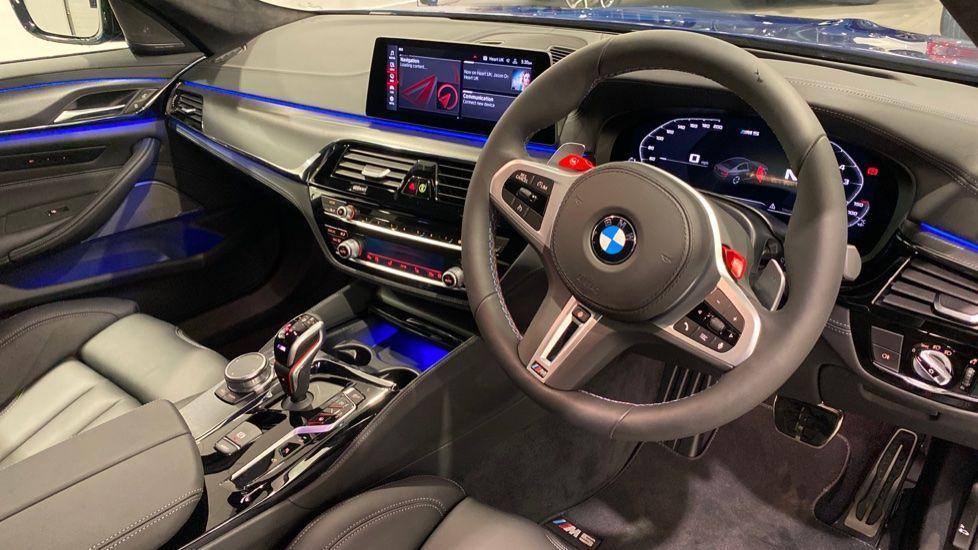 Image 4 - BMW BMW  Competition Saloon (DE70HRK)