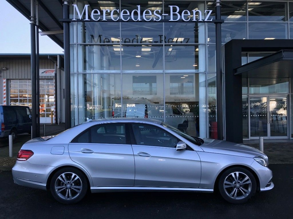 Mercedes-Benz E-Class 220 BLUETEC SE 4DR AUTO