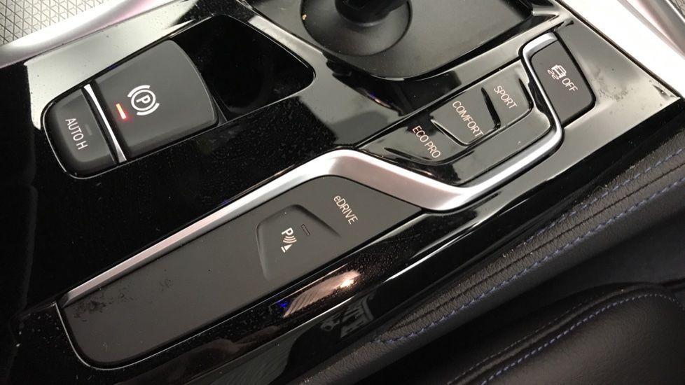 Image 19 - BMW 530e M Sport iPerformance Saloon (YC19ZYW)