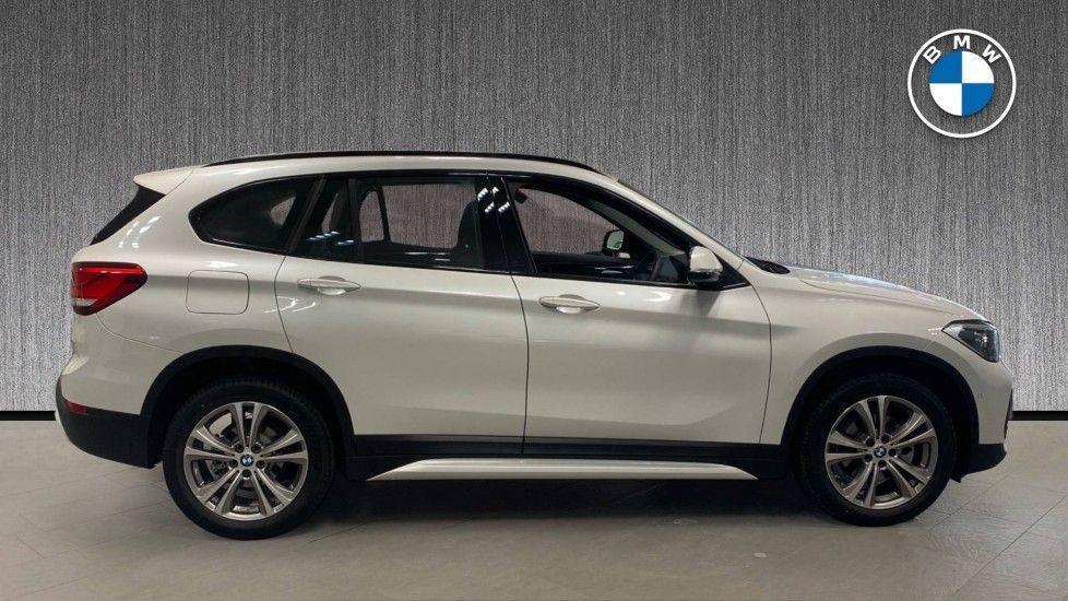 Image 3 - BMW sDrive18i Sport (YH20PYY)