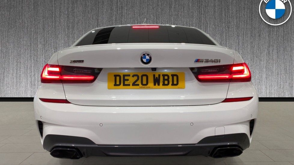 Image 15 - BMW M340i xDrive Saloon (DE20WBD)