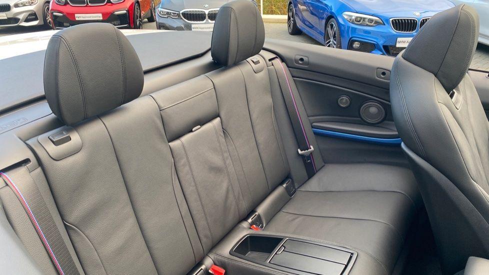 Image 15 - BMW 435d xDrive M Sport Convertible (CX20VWF)