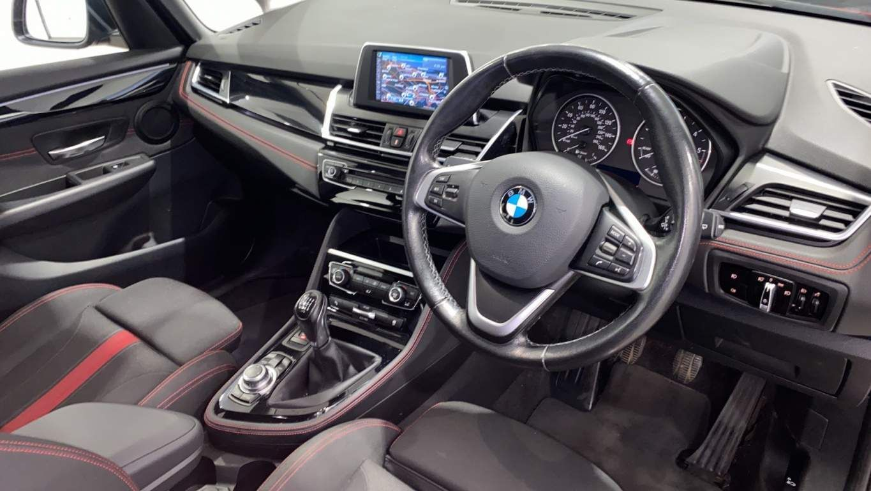 Image 6 - BMW 218d Sport Gran Tourer (DA16SXW)