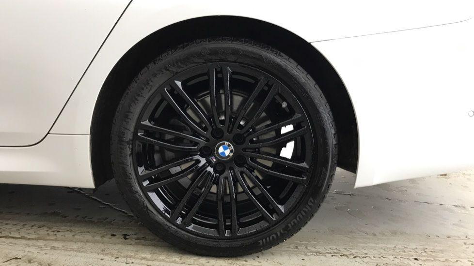 Image 14 - BMW 520d M Sport Touring (YB69VCJ)