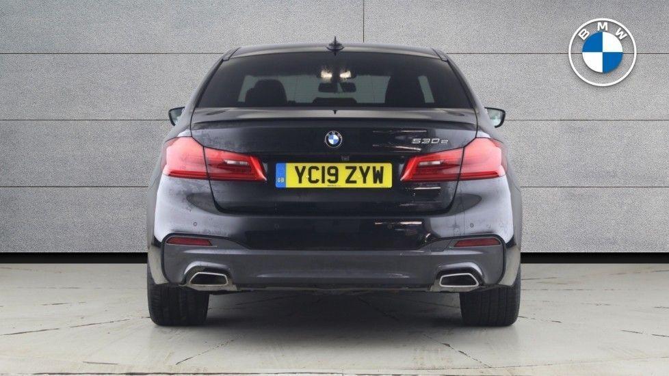 Image 15 - BMW 530e M Sport iPerformance Saloon (YC19ZYW)