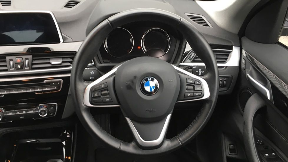 Image 28 - BMW sDrive18i Sport (ML19ZZU)