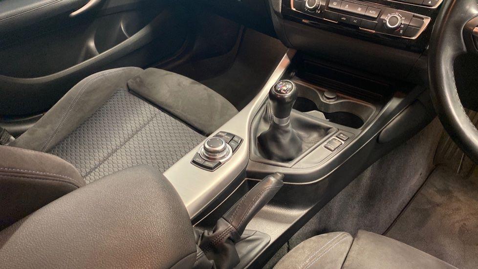 Image 10 - BMW 118i M Sport 5-Door (YK17XOA)