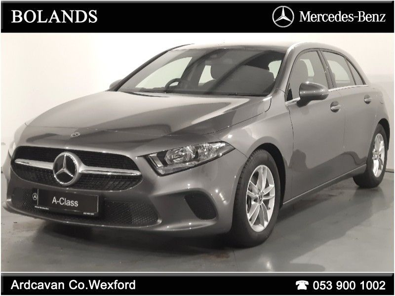 Mercedes-Benz A-Class A180D Style Auto Full leather interior with Smartphone Integration