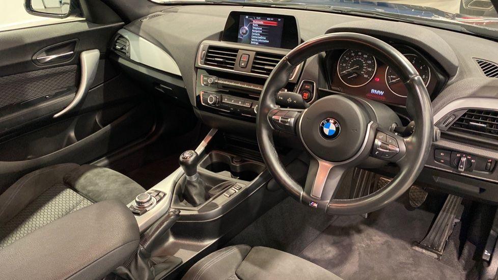 Image 4 - BMW 118d M Sport 3-Door (YD16PBC)