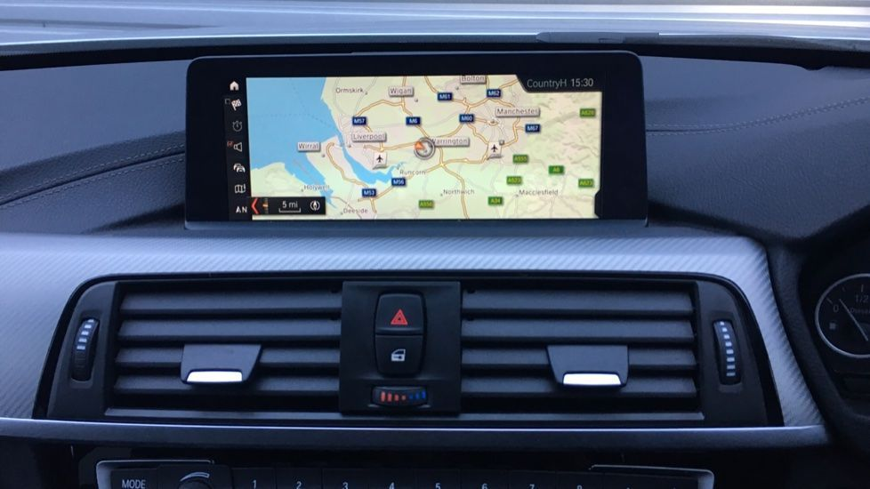 Image 6 - BMW 320d M Sport Shadow Edition Touring (YE19BKD)