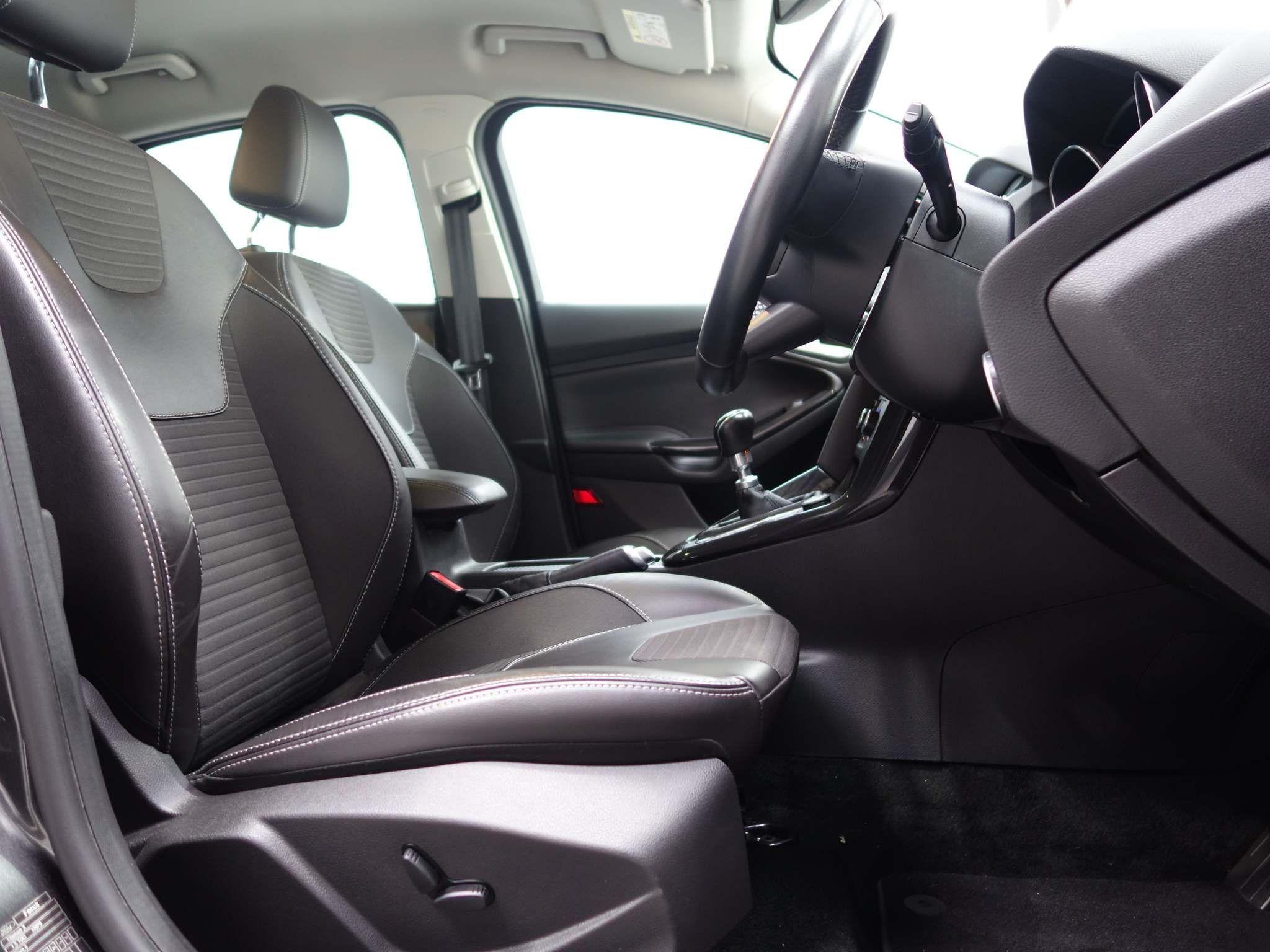 Ford Focus 1.5 TDCi Titanium X (s/s) 5dr – FD17XOF