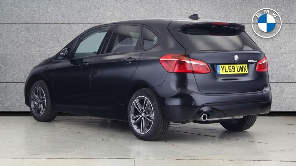 Image 2 - BMW 225xe iPerformance Sport Active Tourer (YL69UWK)