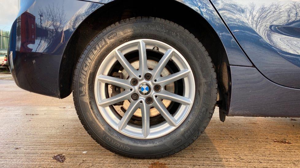 Image 14 - BMW 216d SE Active Tourer (MC17VBX)